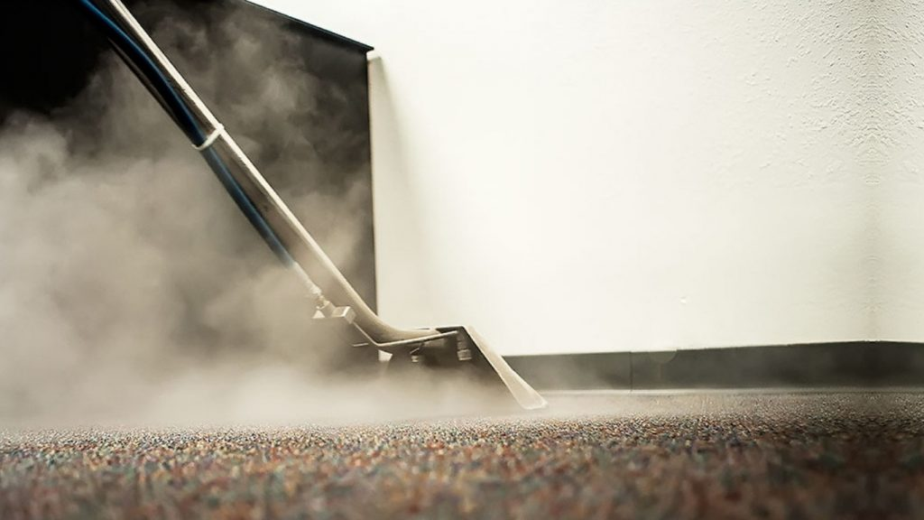 steam cleaning carpet with steam cleaner